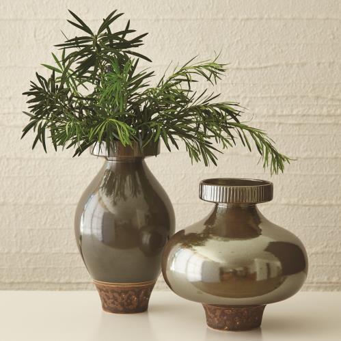 Nova Vase-Bronze