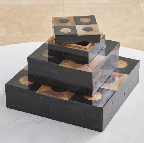 Horn/Gold Box