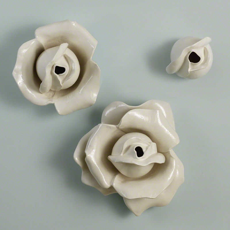 Rosebud Wall Brooch-White