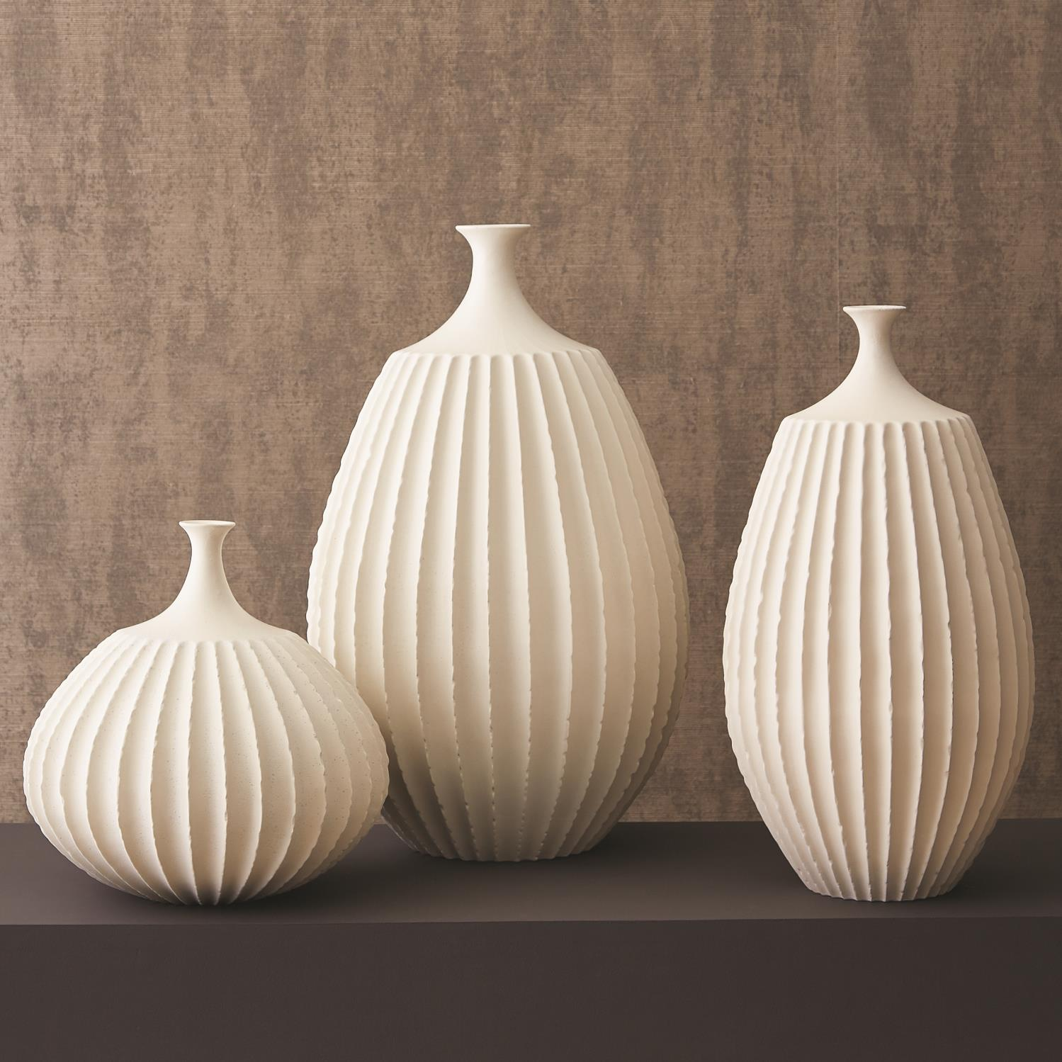 Sawtooth Vase Collection Rustic White