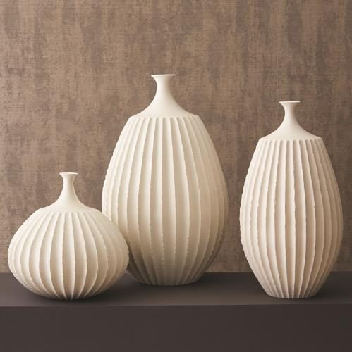 Sawtooth Vase Collection-Rustic White