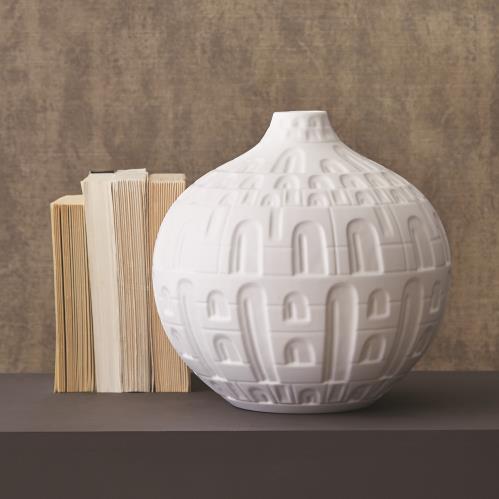 Coliseum Vase-Matte White