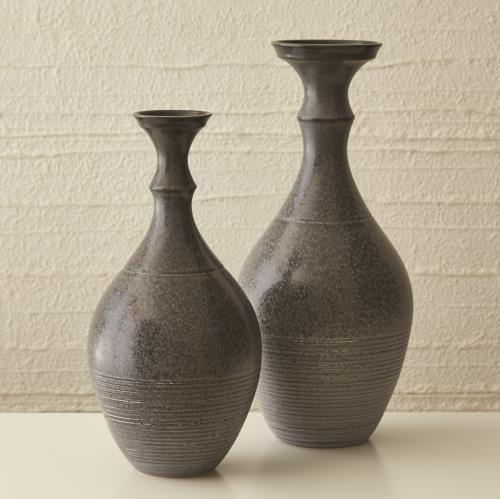 Bassano Vases - Reactive Grey