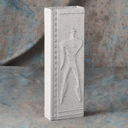 Urban Relief Vase Rectangular Man/Woman