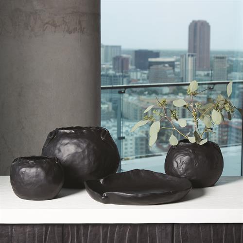 Petale Vase-Matte Black