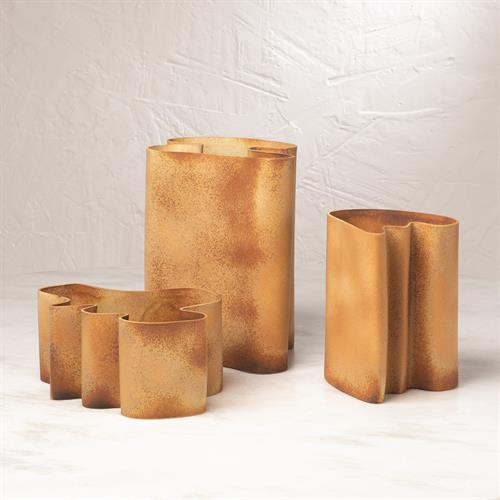 Plié Vase