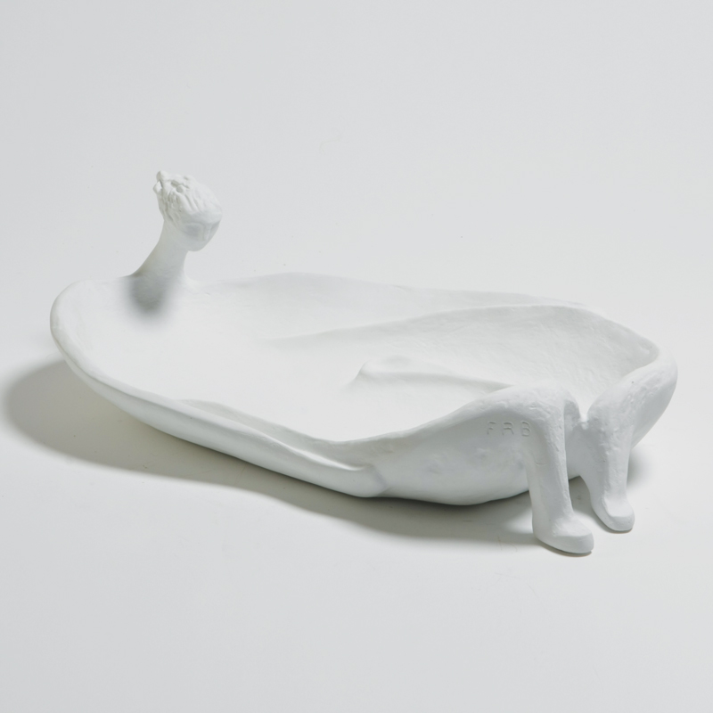 La Femme Baignoire-White