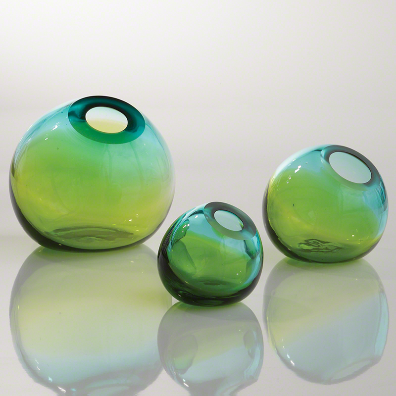 Global Views Products Ombre Ball Vase Aquagreen
